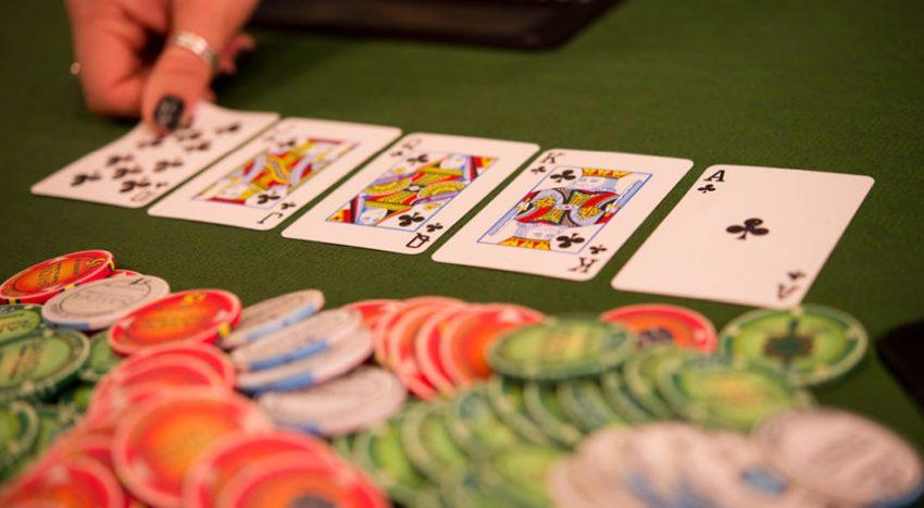 Ragu Main Judi Online, Situs Poker Resmi Solusi Terbaiknya