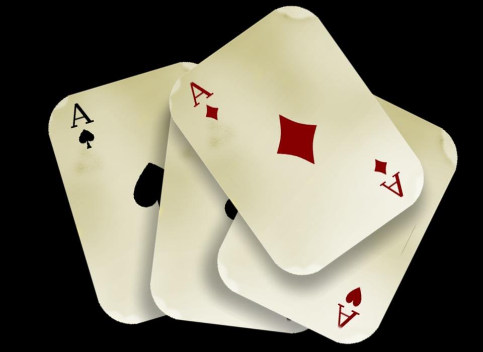 Rahasia pemain profesional menang di situs poker online internasional